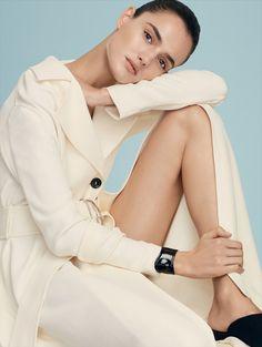 Publication: Vogue Mexico February 2016 Model: Blanca Padilla Photographer: Alvaro Beamud Cortes