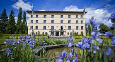 Bofors Hotel Karlskoga Bofors Hotel is 1.5 km from central Karlskroga and 15 minutes' walk from Lake Mökeln. It offers free Wi-Fi internet access and rooms with flat-screen TVs and private patios.