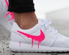 Nike roshe run shoes for women and mens runs hot sale. Browse a wide range of styles from cheap nike roshe run shoes store. Nike Free Shoes, Nike Shoes Outlet, Running Shoes For Men, Cool Nike Shoes, Pink Nike Shoes, Mens Running, Nike Running, Adidas Shoes Women, Nike Women