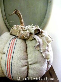 TidbitsTwine Grain Sack Pumpkin1 12 Gorgeous Grain Sack Ideas