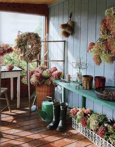 Common Ground: Hydrangea Wreath