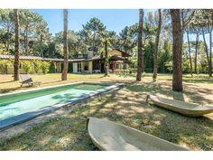 Lovely villa only 700 m from the beach Marina Di Massa, Massa Carrara, Italy – Luxury Home For Sale