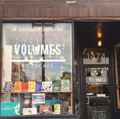 Volumes Bookcafe in Wicker Park, Chicago