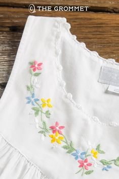 Handmade with heart! These sleeveless, 100% cotton nightgowns are handmade and embroidered by the women artisans of Haiti Projects in rural Haiti. The organization supports the economic livelihood of women and families in Fonds des Blancs through jobs, education, and health care.