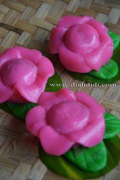 Diah Didi's Kitchen: Kue Ku Mawar