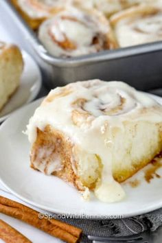 Homemade Cinnamon Rolls {From Scratch!} - Spend With Pennies - These homemade cinnamon rolls are topped with a cream cheese icing making them soft and delicious. Cinnamon Rolls From Scratch, Mini Cinnamon Rolls, Cinnamon Roll Icing, Easy Cream Cheese Icing, Great Desserts, Dessert Recipes, Icing Recipe, Bread Baking, Baking Recipes