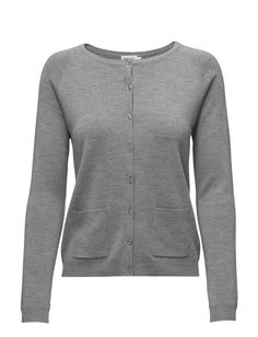 Filippa K Short Merino Pocket Cardi (Grey Mel.), 66 € | Laaja valikoima alennustuotteita | Booztlet.com Villa, Pocket, Grey, Sweaters, Fashion, Gray, Moda, Fashion Styles, Pullover