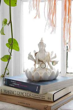 Buddha Lotus Jewelry Stand