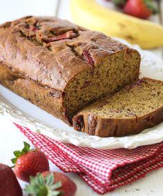 Strawberry Banana Bread - 2 Weight Watchers Points -  http://thegardeningcook.com/strawberry-banana-bread/