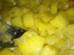 Výborné jsou jako příloha a nebo jenom tak s tatarkou. Přeji dobrou chuť. Autor: HeMiShEk Pineapple, Potatoes, Vegetables, Fruit, Author, Pine Apple, Potato, Vegetable Recipes, Veggies