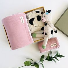 A stunning, bold and cool new baby girl boxed gift set which includes: * 4-layer pre-washed breathable cotton muslin baby blanket set in Peony with white lace trim. Large 130x130cm/ Small 60x50cm. * Large polka dot romper with dark red trim. Button through opening. * Handmade crochet cotton cow with built in rattle, length approx 25cm . * All orders arrive beautifully gift wrapped in our Deluxe gift box (35x25x10cm). Re-use as a keepsake box. Muslin Blanket Set 4 layers of 100% cotton… Baby Girl Gift Sets, Baby Gift Box, Cute Baby Gifts, Baby Boy Or Girl, New Baby Girls, Unisex Baby Gifts, Newborn Baby Gifts, Baby Gift Hampers, Muslin Baby Blankets