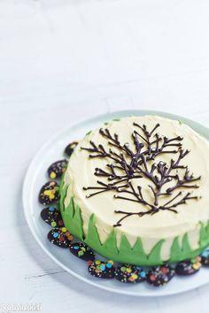 Pääsiäiskakku | Kotivinkki Easter Recipes, Easter Food, Happy Easter, Birthday Cake, Sweet, Desserts, Cakes, Spring, Kitchen