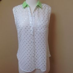 Silver Dots/Green Collar Top Adorable. Like new. Tops