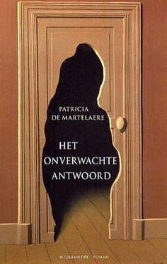// Patricia De Martelaere - Het onverwachte antwoord // In de bezwerende roman Het onverwachte antwoord zijn er zes vrouwen aan het woord. Alle zes zijn ze in de ban van Godfried H. Vier van hen hebben een verhouding met de dichter die getrouwd is, houdt van blauwzijden overhemden, de randjes van de kaas mee opeet en snurkt.