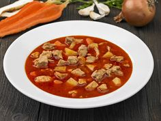 Receptek a kategóriában Sertés gulyásleves. Válaszd ki a legjobb receptet a receptmuhely.hu adatbázisából és élved a finom ételek ízét.