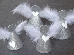 Christmas Decoration Tutorial: Angels (Creative Hobbies) - - Angels We Have Heard. Diy Christmas Ornaments, Christmas Angels, Christmas Art, Christmas Projects, Holiday Crafts, Christmas Wreaths, Christmas Decorations, Diy And Crafts, Crafts For Kids