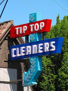 Tip Top Cleaners - Portland, Oregon Well-kept neon sign advertising the Tip Top Cleaners on East Burnside in Portland, Oregon.