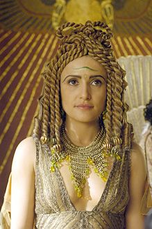 """Lyndsey Marshal as Cleopatra in """"Rome"""", a television series created by Bruno Heller, John Milius and William J. MacDonald and directed by Michael Apted (2005-2007)."""