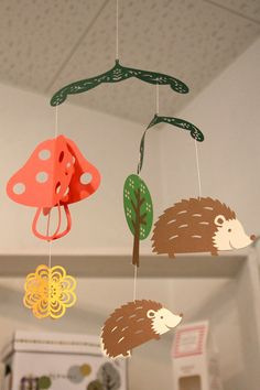 Super cute!! Paper Mobile - Hedgehog - So going to try to make one of these!