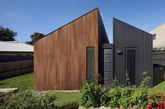 Coy & Yiontis' @coyyiontis Humble House. We just love the juxtaposition of textures and colours in this project. Brilliant work from one of Australia's best. Photo by Tatjana Plitt #architecture #design #timber