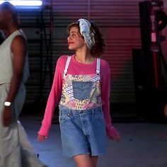 Brittany Murphy as Tai Frasier the ugly duckling transformed into the beautiful swan. Tai Clueless, Clueless Halloween Costume, Clueless 1995, Clueless Fashion, Clueless Outfits, Couple Halloween Costumes For Adults, Costumes For Women, 90s Fashion, Couple Costumes