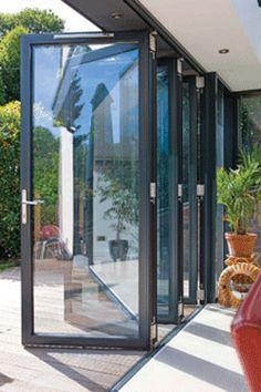 Bi Folding doors onto level decking in garden