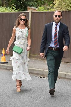 This is why Pippa Middleton has virtually disappeared from the spotlight Pippa Middleton Photos, Pippa Middleton Style, Middleton Family, Wimbledon, Dress Code Guide, Pippas Wedding, Pippa And James, Nicole Warne, Best Dressed Man