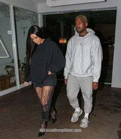 Kim Kardashian and husband Kanye West continued their show of unity as they stepped out for a sushi date in Beverly Hills on Monday night. Kanye West And Kim, Kim Kardashian Kanye West, Kardashian Style, Running Pose, Running Workouts, Kanye West Songs, Sneakers Outfit Men, Adidas Yeezy 350 V2, Run Disney