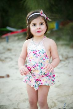 Pinks Floral print romper pink floral romper toddler girl romper boho chic baby birthday outfit first birthday pictures bohemian rompers lace overalls Little Girl Fashion, Toddler Fashion, Kids Fashion, Baby Girl Frocks, Frocks For Girls, Outfits Niños, Kids Outfits, Baby Girl Birthday Outfit, Baby Birthday