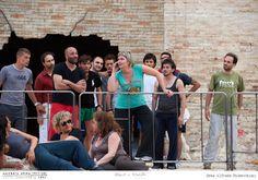 PROVE // CARMEN // 2012 // Foto Alfredo Tabocchini. Allo Sferisterio di Macerata la regista Serena Sinigaglia ricostruisce l'immaginario delle chabolas di Siviglia per la Carmen di George Bizet. #allieviemaestri #carmen #altrochelopera www.sferisterio.it