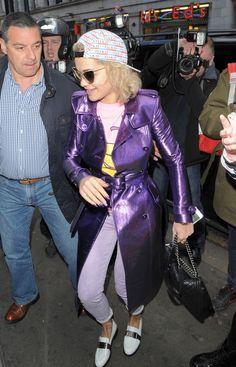 Rita Ora - Rita Ora Greets Her Fans
