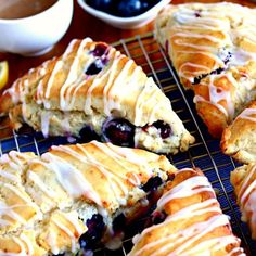 Easy Gluten-Free Blueberry Scones with a sweet and tangy lemon glaze. Made with only a few simple ingredients. The recipe also has a dairy-free option. Gluten Free Deserts, Gluten Free Recipes For Breakfast, Gluten Free Treats, Gluten Free Breakfasts, Dairy Free Recipes, Blueberry Scones Recipe, Gluten Free Blueberry, Gluten Free Pastry, Gluten Free Baking