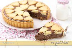 Crostata alla Nutella una torta golosa che piace a grandi e piccini. Ricetta facile e infallibile con tutti i trucchi per far rimanere la Nutella cremosa.
