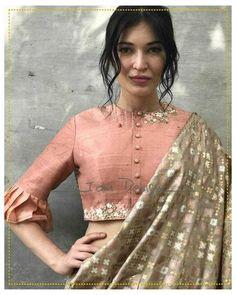 Indian Blouse Designs, Kurta Designs, Fancy Blouse Designs, Bridal Blouse Designs, Blouse Neck Designs, Blouse Styles, Latest Saree Blouse Designs, Saree Styles, Sari Design