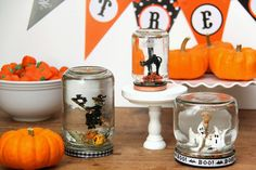 Smashed Peas and Carrots: TUTORIAL: Spooky Snow Globes