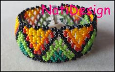 Hola amigos en este nuevo tutorial voy a enseñaros como hacer esta hermosa puls… Hello friends in this new tutorial I will show you how to make this beautiful bracelet Czech glass mostacilla, I hope you like to comment and share the v … Beaded Bracelets Tutorial, Bead Loom Bracelets, Beaded Ornament Covers, Beaded Ornaments, Beading Tutorials, Beading Patterns, Beaded Rings, Beaded Jewelry, Polymer Clay Flowers