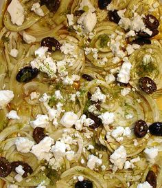 Fenchel mit Schafskäse und Oliven Rezept - [ESSEN UND TRINKEN]