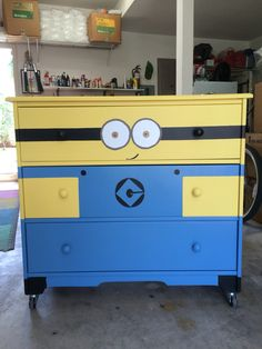 Minion style painted dresser on castors for my grandkids. An easy 2 day project.