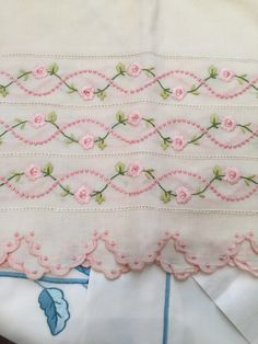 Hand embroidered princess linen from Leron Lace Embroidery, Embroidery Kits, Machine Embroidery, Embroidery Designs, Handmade Bed Sheets, Embroidered Bedding, Printed Linen, Baby Crafts, Needlework
