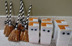 Story Time: Halloween Party Halloween toddler snacks – pretzel witch's broom and mummy juice boxes Halloween School Treats, Toddler Halloween, Halloween Treat Bags, Halloween Crafts For Kids, Halloween Goodies, Halloween Food For Party, Halloween Birthday, Halloween Activities, Halloween Gifts