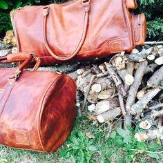 Deep Weekender and Duffle in vintage brown from MAHI Leather Leather Duffle Bag, Duffle Bags, Weekender, Deep, Unisex, Elegant, Stylish, Brown, My Style