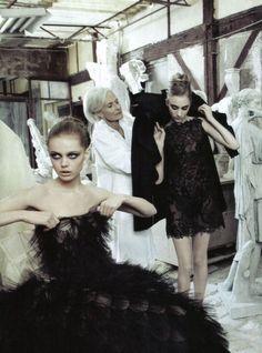 Frida Gustavsson and Hanna Rundlöf. Valentino haute couture, Fall 2009.