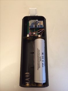 Battery powered WiFi Temperature and Humidity to cloud logger with minimum amount of components and long lasting battery life. Deep sleeps between readings. Diy Electronics, Electronics Projects, Electrical Projects, Esp8266 Projects, Esp8266 Arduino, Circuit Board Design, Techno Gadgets, Rasberry Pi, Process Control