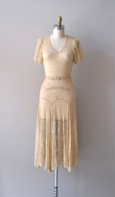 vintage 1930s dress / lace 30s dress / Lux Aurumque