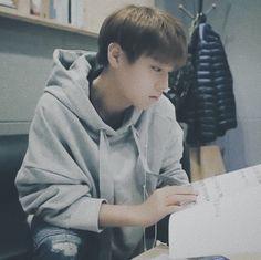 Park Jihoon Produce 101, Nikita Singh, First Boyfriend, Korean Ulzzang, Produce 101 Season 2, Ong Seongwoo, Kim Jaehwan, Ha Sungwoon, Love Me Forever
