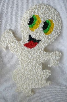 Dream find--the pilgrims for Thanksgiving are my favorite (and not included in this post): A Unique Halloween and Christmas Decoration, Melted Popcorn Plastic Retro Halloween, Vintage Halloween Crafts, Halloween Popcorn, Holidays Halloween, Happy Halloween, Halloween Labels, Halloween Halloween, Halloween Pumpkins, Halloween Makeup