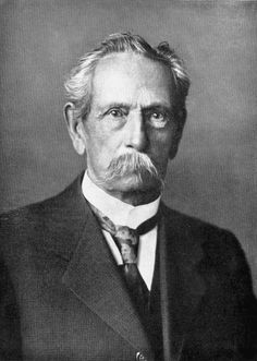 Carl Benz – The inventor of the first automobile powered by an internal combustion engine, and together with Bertha Benz, pioneering founder of the automobile manufacturer Mercedes-Benz. Second World, First World, Bertha Benz, Benz Patent Motorwagen, Mercedes Benz Germany, Gottlieb Daimler, Carl Friedrich, Carl Benz, Daimler Benz