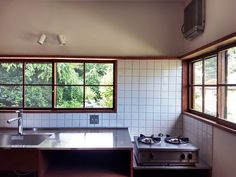 Bathroom Interior, Kitchen Interior, Kitchen Design, Zen Interiors, Traditional Japanese House, Small Room Decor, Living Room Remodel, Design Moderne, Cuisines Design