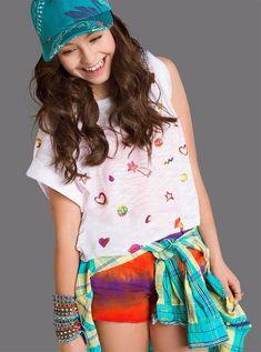 Disney Channel, Sou Luna Disney, Son Luna, Hat Hairstyles, Christmas Colors, Youtubers, Sons, Malaga, Photos