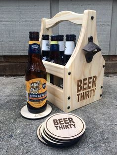 Wooden Projects, Wood Crafts, Wooden Beer Caddy, Outdoor Picnic Tables, Mounted Bottle Opener, Wine Table, Beer Gifts, Bottle Holders, Woodworking Projects